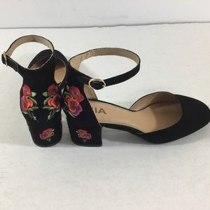 Mia Bloom Black Embroidered Ankle Strap Heels 8M